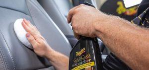 Los 5 mejores productos para limpiar y reparar los asientos de cuero de tu auto