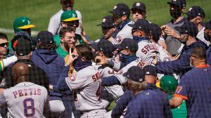 Se arma bronca entre Astros y Athletics… ¿Y la sana distancia?