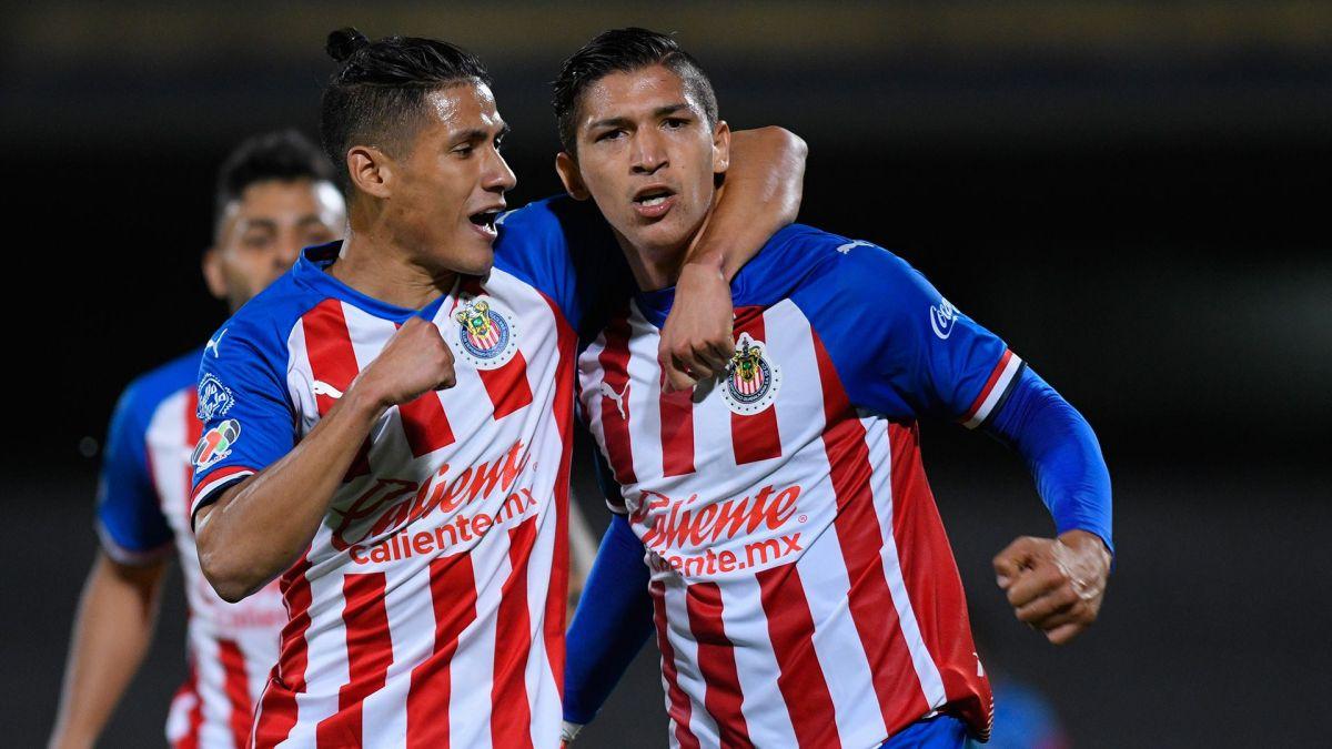 Chivas anunciará a su nuevo técnico con misteriosos mensajes en Twitter
