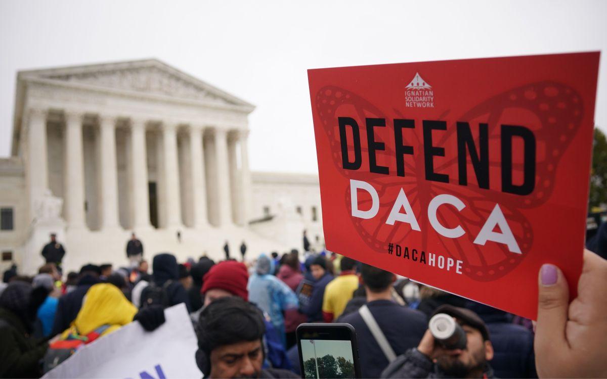 Los 'dreamers' solamente podrán renovar su DACA por un año.