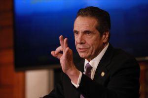 Asamblea de Nueva York limitó los poderes de emergencia de Cuomo