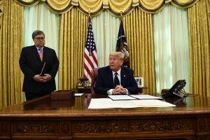 Activistas demandan al Gobierno de Trump por desinformar sobre voto por correo