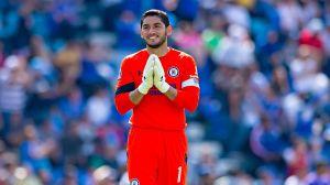 Hijo de Jesús Corona fue registrado para jugar con Cruz Azul