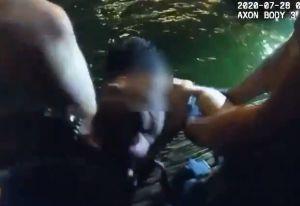 VIDEO: Oficiales hispanos del NYPD rescatan a hombre que se ahogaba en el río