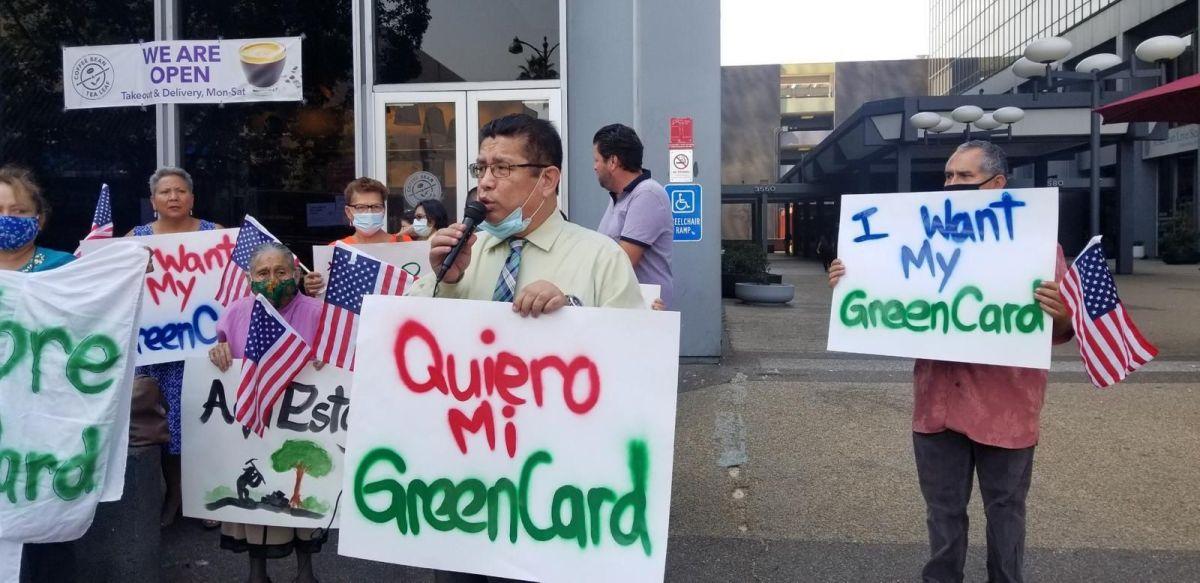 Juan José Gutiérrez y otros quieren que los demócratas se comprometan.