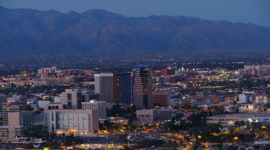 Tucson entregará dinero a familias excluidas del cheque de estímulo de $1,200