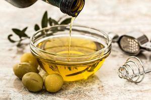 Cómo el aceite de oliva puede ayudarte a perder peso