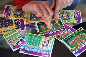 Ganó $500,000 tras seis años de jugar los mismos números a la lotería