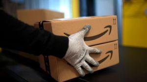 Cuatro hermanos arrestados por fraude millonario contra Amazon en Nueva York