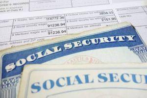 IRS imparte guías para recortar impuestos a la nómina pese a temor por impacto a fondo de Seguro Social
