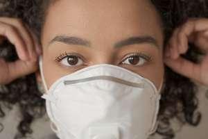 ¿Cómo evitar granos, acné, y dermatitis, por el uso del tapabocas o mascarilla?