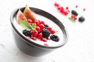 Cuál es el yogur más rico en proteínas, bajo en grasas y con más beneficios