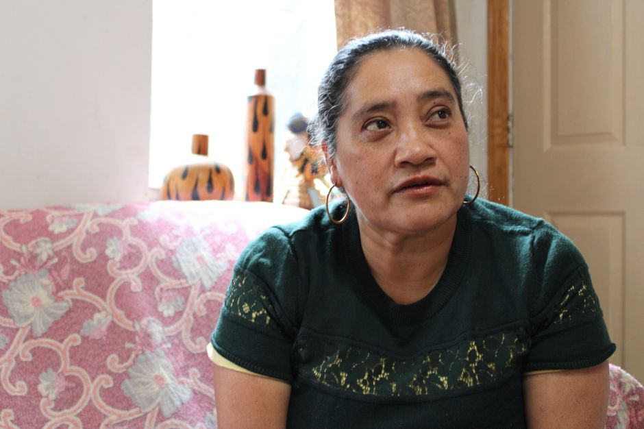 The harsh cycle of poverty for Chicago's Latina women