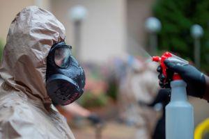 Escape tóxico en Compton obliga a pedir a vecinos que se queden dentro de sus casas