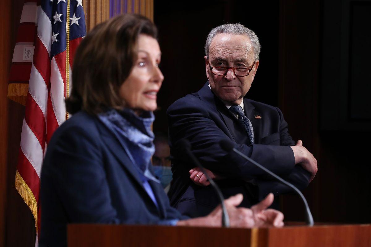 La presidenta de la Cámara, Nancy Pelosi, afirma que insistirá en las negociaciones.