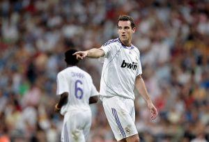 Christoph Metzelder, ex jugador del Real Madrid, admitió poseer casi 300 archivos de pornografía infantil