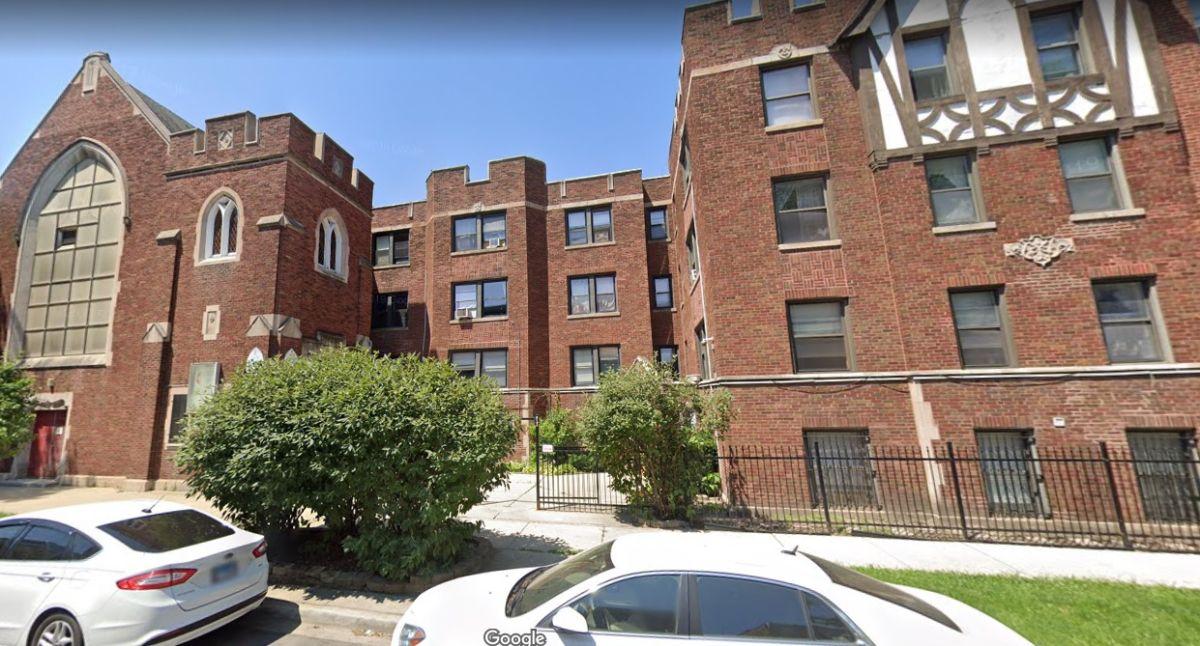 Tras perder feligreses latinos por 'los males de la gentrificación', iglesia de Logan Square podría volverse una vivienda asequible