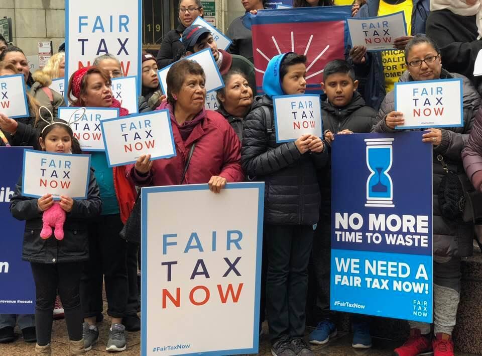Instan en Illinois a votar a favor del 'impuesto justo' en las elecciones de noviembre