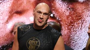 Tyson Fury es enviado a la lona por su propio hermano
