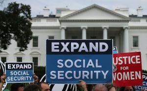 Cómo afectará al Seguro Social el aplazamiento de impuestos sobre la nómina que aprobó Trump