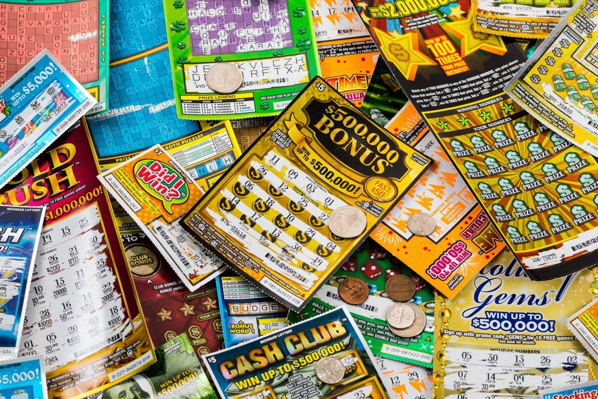 Joven de Carolina del Norte podrá estudiar medicina gracias a que ganó la lotería