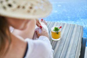 3 cócteles sin alcohol elaborados con plantas medicinales, el aliado perfecto para refrescarte en verano