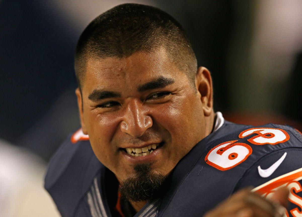 """Roberto Garza, gladiador hispano de la NFL: """"Si quieres ver cambios, vota"""""""