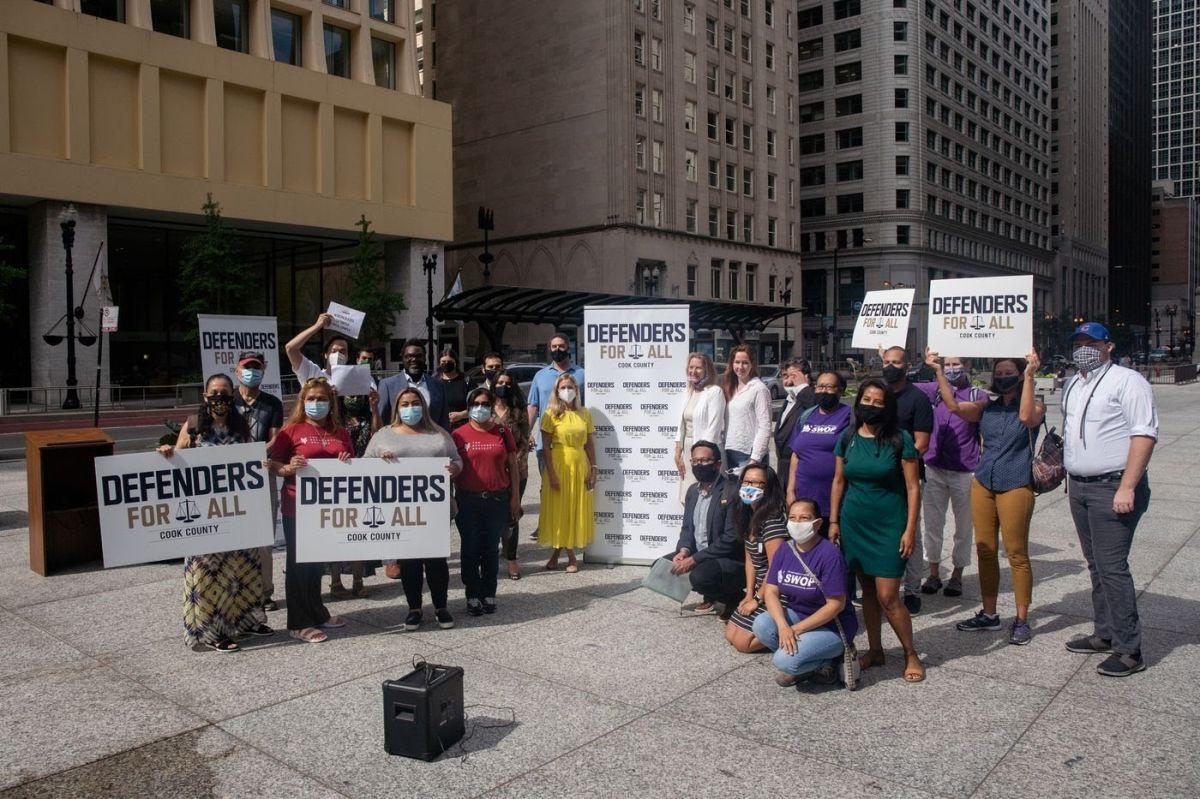 Crean unidad de ayuda legal para inmigrantes en el Condado de Cook