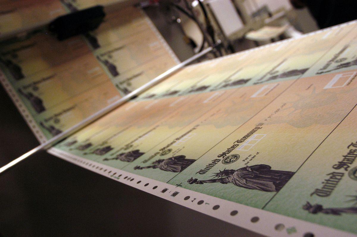 Muchos estadounidenses esperan una segunda ronda de cheques de estímulo.