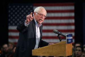 Bernie Sanders ofrecerá enmienda para aumentar el salario mínimo a $15 la hora