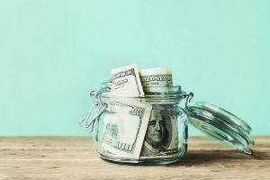 """Anciana pierde $73,000 por guardar su dinero en lo que creía era """"el lugar más seguro del mundo"""""""