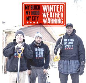 Buscan voluntarios en Chicago para ayudar a ancianos a palear la nieve en medio de la tormenta invernal