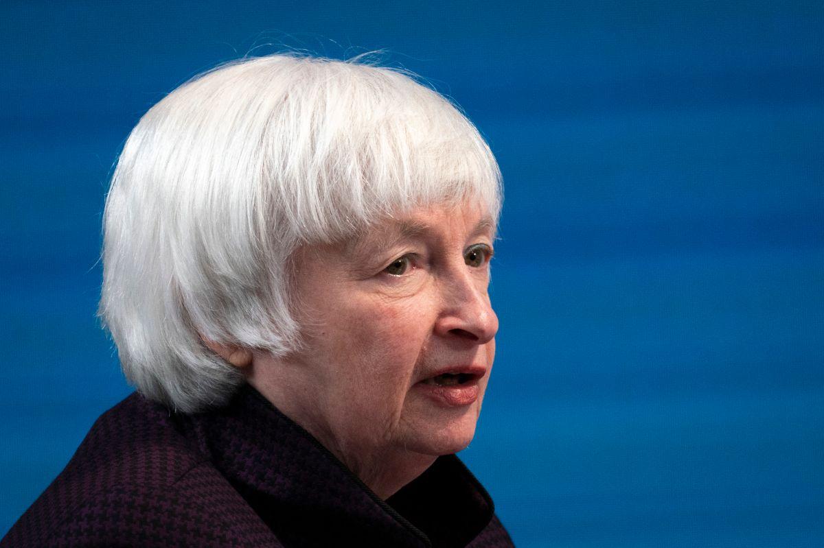 Secretaria del Tesoro: lo correcto es enviar cheques de estímulos de $1,400