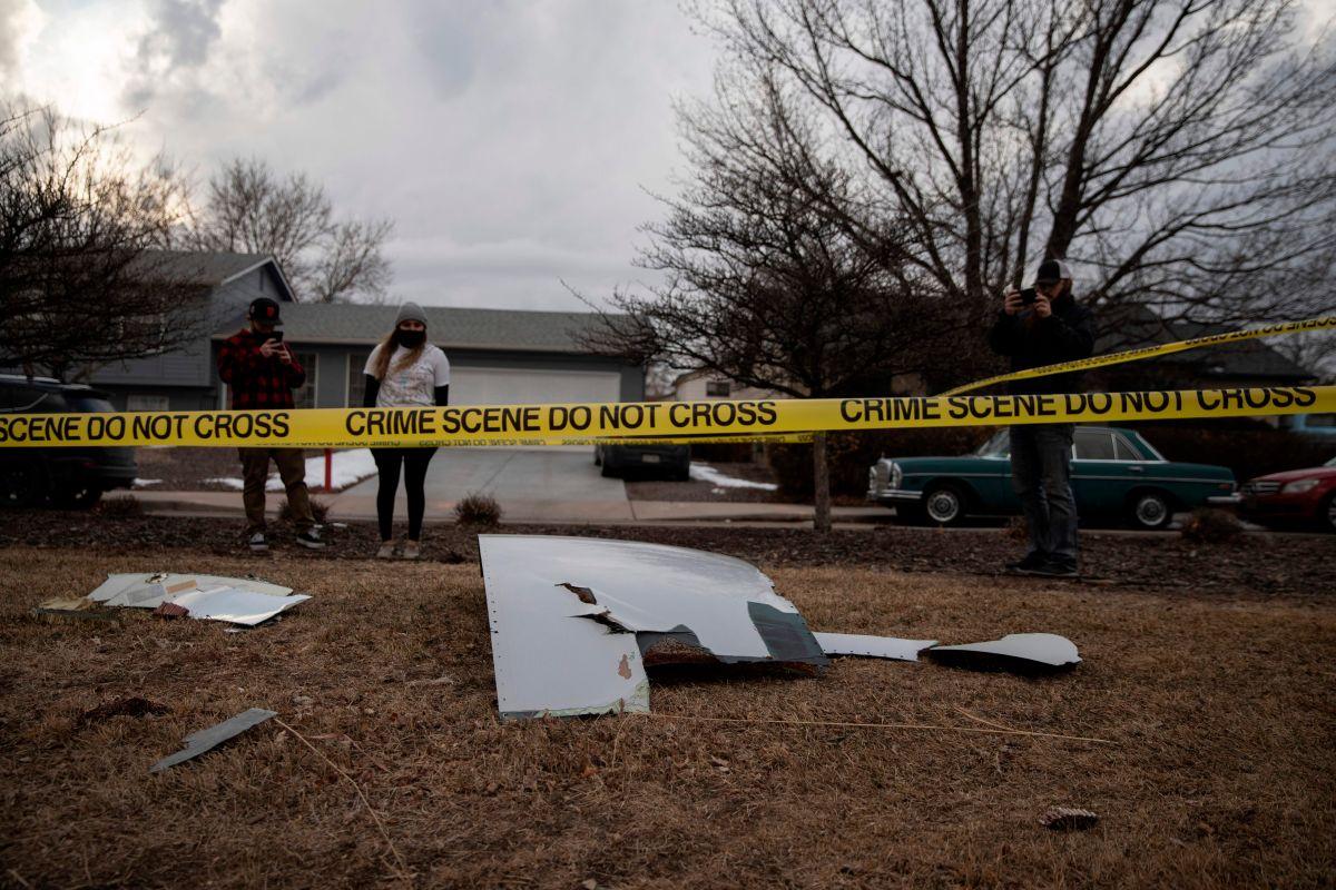 """La FAA ordenó """"inspección de emergencia"""" a los Boeing 777 tras incendio del motor de un avión"""