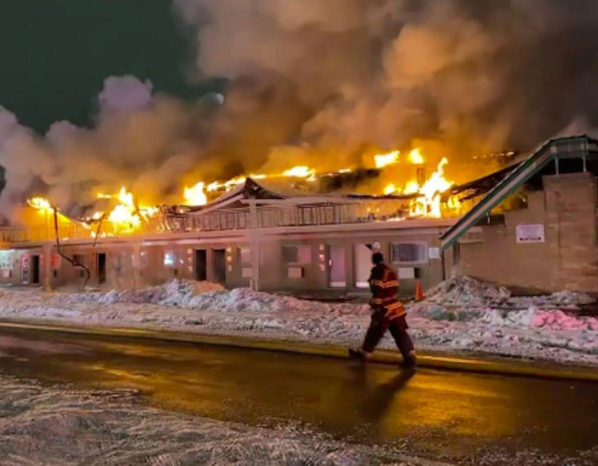 Se incendia un motel cerca del aeropuerto O'Hare