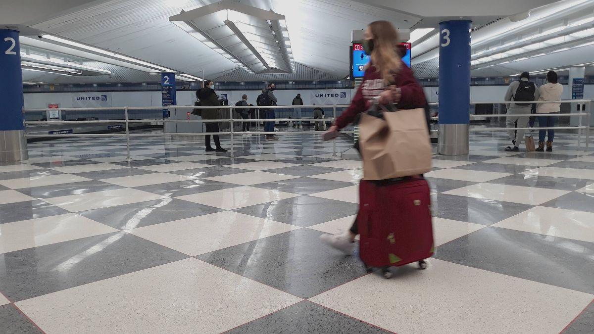 Viajes a Chicago: 24 estados requieren cuarentena o prueba negativa de covid-19