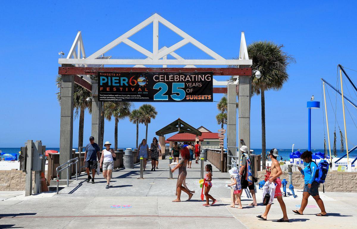 Toque de queda en Miami Beach se extiende hasta abril