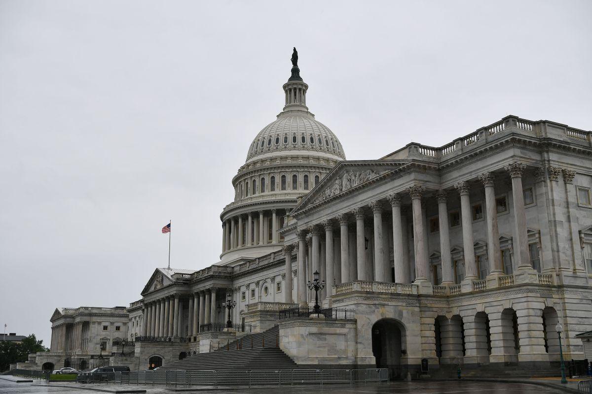 El Capitolio se prepara ante teorías conspirativas y amenazas de un nuevo asalto