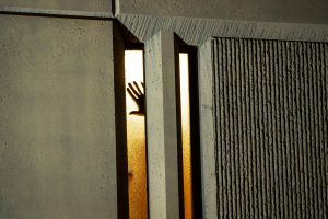 Más de 10,000 inmigrantes presos dieron positivo a COVID-19