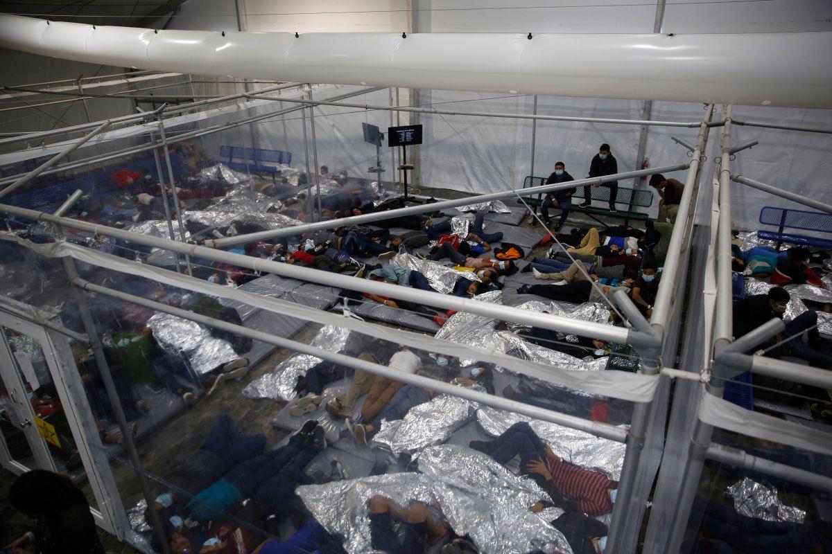 Estas son las imágenes del principal centro de resguardo de menores en la frontera