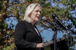 Senadora demócrata busca que la ayuda por niño sea permanente