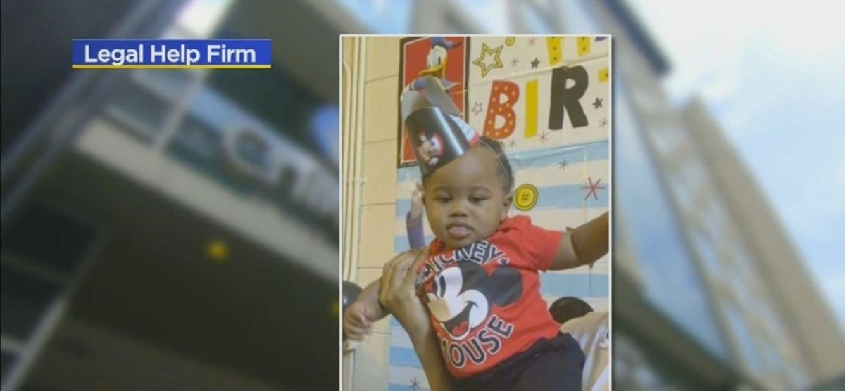 """Niño baleado en Lake Shore Drive muestra signos de """"cierta recuperación"""", dicen los médicos"""
