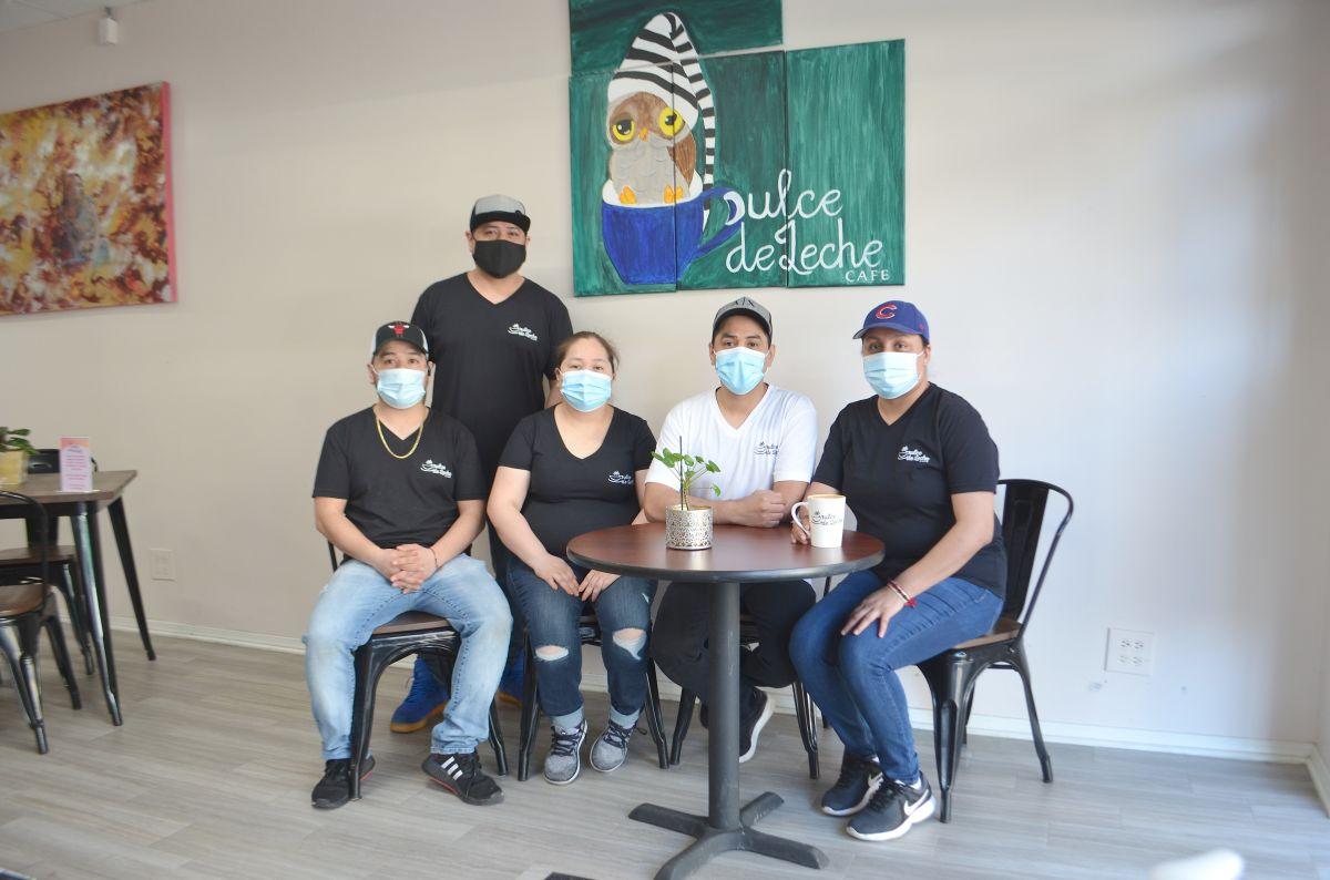Dulce de Leche Café: el sueño hecho realidad de emprendedores indocumentados de Chicago