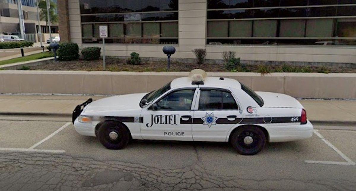 Dos menores entre seis heridos en un accidente en Joliet