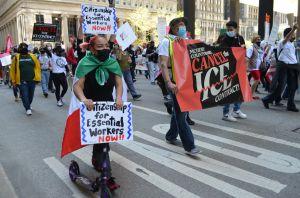 Marchan por la legalización de todos los indocumentados en el Día Internacional de los Trabajadores