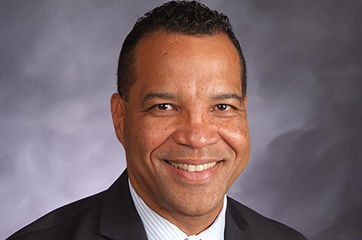 El Dr. José Torres se convertirá en el director ejecutivo interino del distrito escolar más grande del estado.