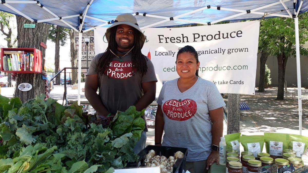Mercado de Colores en La Villita nace para servir a la comunidad de Chicago