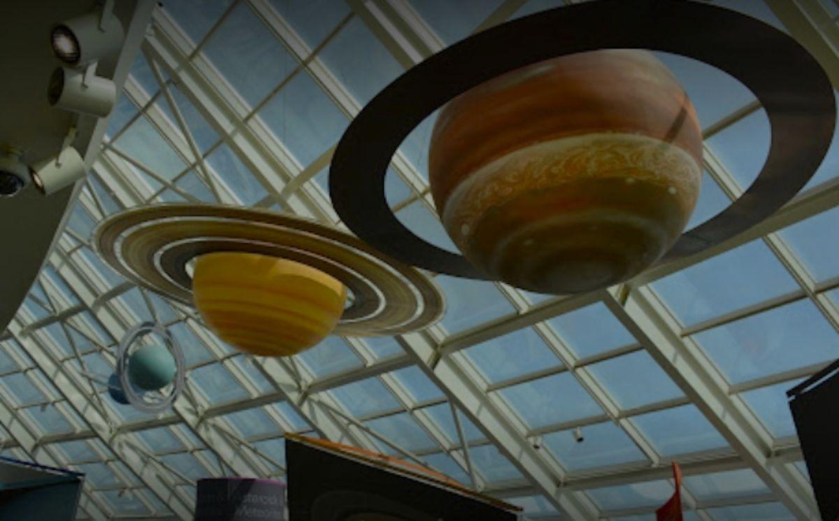Aunque reabrirá sus puertas el fin de semana, el planetario Adler tiene planeado la reapertura total en marzo del próximo año.