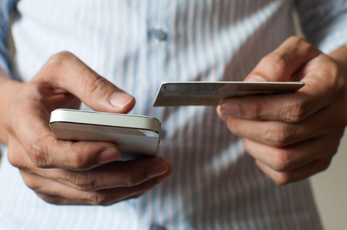 Estos pasos pueden ayudar a proteger tu dinero y tu información. Cómo un simple correo electrónico o mensaje de texto podría exponerte al fraude